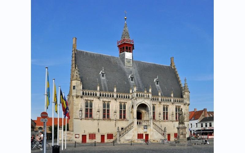 Stadhuis Damme