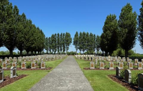 Belgische Oorlogsbegraafplaats Steenkerke
